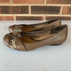 Naturalizer leather flats